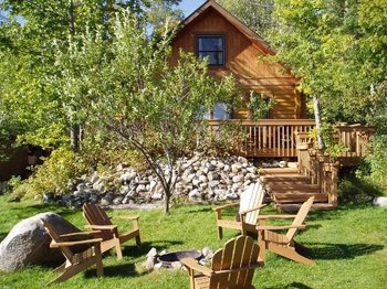 Cabin exterior at Timber Trail Lodge & Resort.