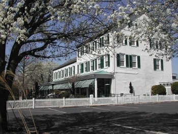 Exterior view of Brick Hotel & Restaurant.