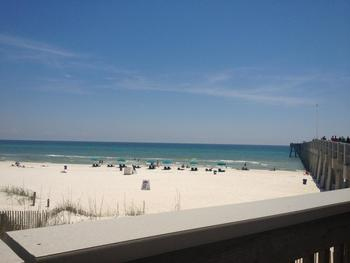 Fishing pier at Book That Condo.
