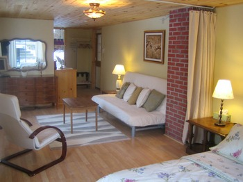 Guest Room at Myers Cave Resort