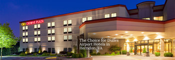 Exterior View of Crowne Plaza Dulles Airport