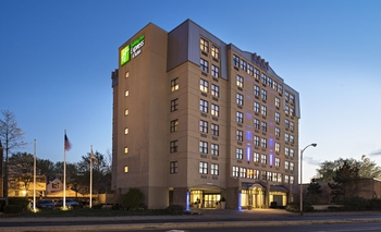 Exterior View of Holiday Inn Express Hotel & Suites Boston