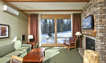 Guest suite at Grand Lodge at Brian Head.