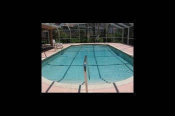 Vacation rental pool at Sunshine Resort Rentals, LLC.