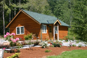Cabin exterior at Copper Creek Inn.