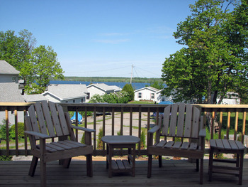 Deck view at Angel Rock Waterfront Cottages.