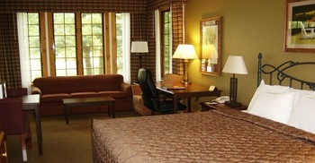 Guest room at Yarrow Golf & Conference Resort.