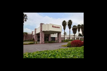 Exterior view of Ramada Silicon Valley.