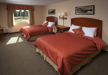 Guest room at Manistee National Golf & Resort.