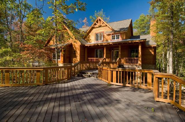 Spencer vacation rentals house luxury 3 bedroom 2 5 - Large summer houses energizing retreat ...