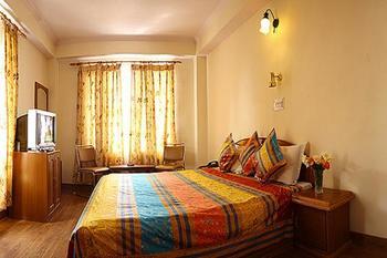 Guest room at Hotel Deepwoods.