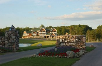Exterior Entrance at Hawk's Eye Golf Resort
