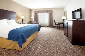 Guest room at Holiday Inn Express & Suites Lander.
