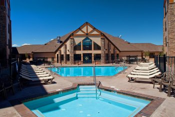 Outdoor pool at Best Western Bryce Canyon Grand Hotel.