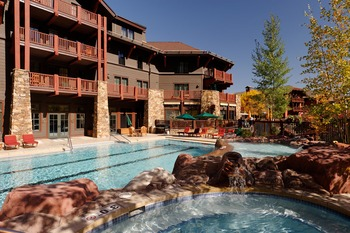 Exterior view of Frias Properties of Aspen - Ritz-Carlton Club.