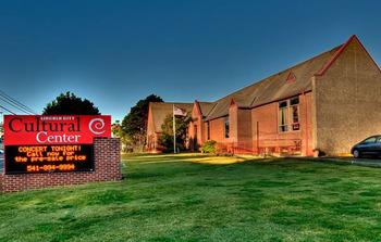 Lincoln City Cultural Center near Pelican Shores Inn.
