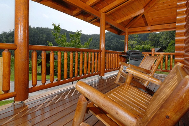 Pigeon forge vacation rentals cabin beary naked 1 bedroom log cabin in pigeon forge for 1 bedroom cabin rentals in pigeon forge