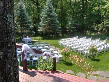 Wedding ceremony at Glenlaurel Inn.