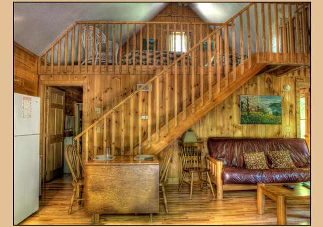 Bryson city vacation rentals cabin two bedroom log for 8 bedroom cabins in north carolina