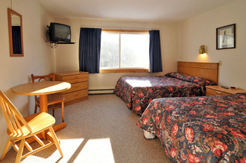 Double guest room at Chalet Killington.