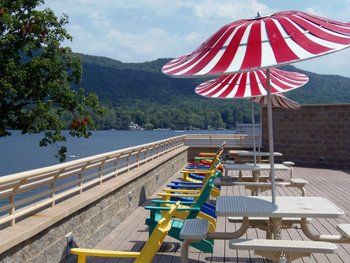 Rooftop Terrace at Surfside on the Lake