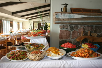 Sunday Brunch Buffet at Elmhirst's Resort.