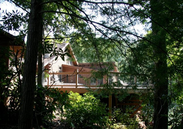 Exterior View of Rivers Ridge Lodge