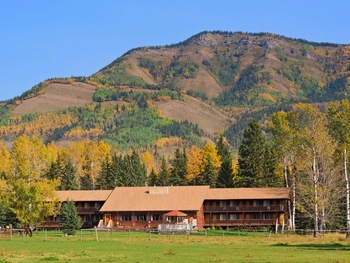 Exterior view of Black Cat Guest Ranch.