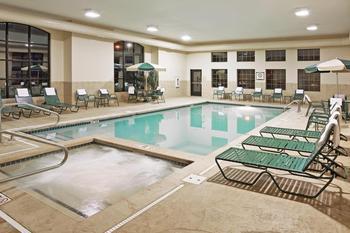 Indoor pool at Staybridge Suites Stow.