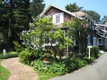 Exterior view of East Hampton Village B & B.