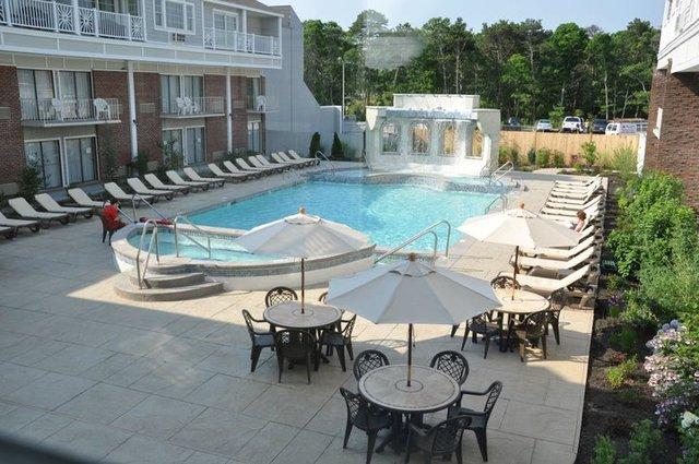 cape codder resort spa hyannis ma resort reviews. Black Bedroom Furniture Sets. Home Design Ideas
