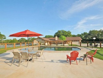 Rental pool at Vacation New Braunfels.