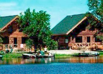 Top 10 lake of the woods resorts for Lake of the woods fishing lodges