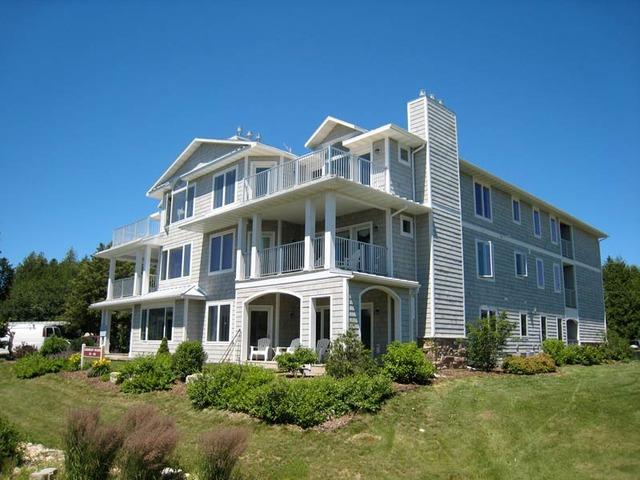 The Shoreline Resort Gills Rock Wi Resort Reviews