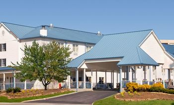 Exterior View of Ramada Pigeon Forge North