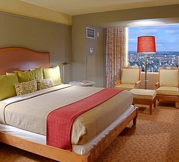 King Room at Lansdowne Resort