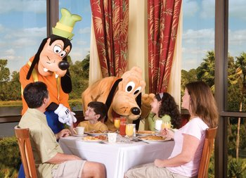 Character themed breakfasts every Tuesday at Wyndham Lake Buena Vista Resort.