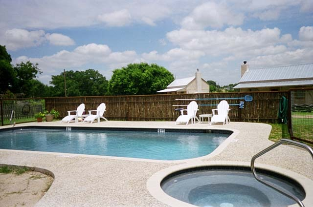 Outdoor swimming pool at Fredericksburg Ranch.