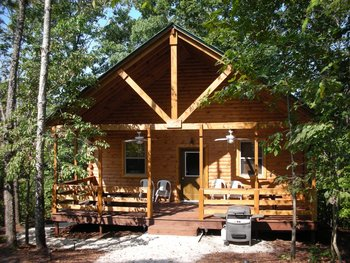 Cottage exterior at Eminence Canoes, Cottages & Camp.