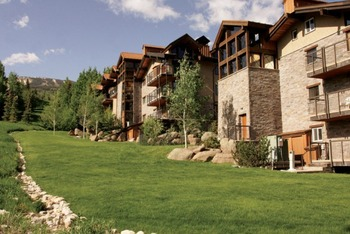 Exterior summer view of The Crestwood.