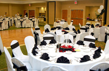Wedding banquet at Hilton Garden Inn Outer Banks.