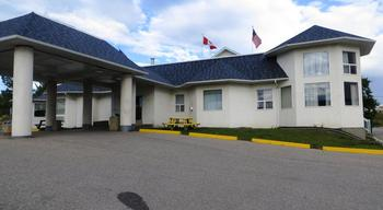 Exterior view of Days Inn Hinton- Jasper.