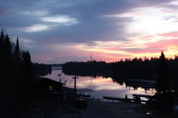 Sunrise at Rainy Lake Houseboats.