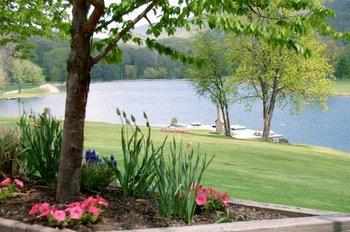 Lake View at Honor's Haven Resort & Spa