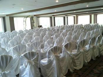 Indoor ceremony at The Inn at Pocono Manor.