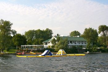 Lake activities at Elmhirst's Resort.