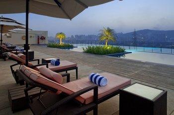 Outdoor pool at Holiday Inn Bombay.