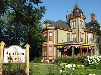 Exterior view of Ann Bean Mansion.