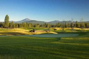 Golf Course at DiamondStone Guest Lodges