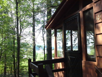 Cottage with a View at Lakeside Country Cottages